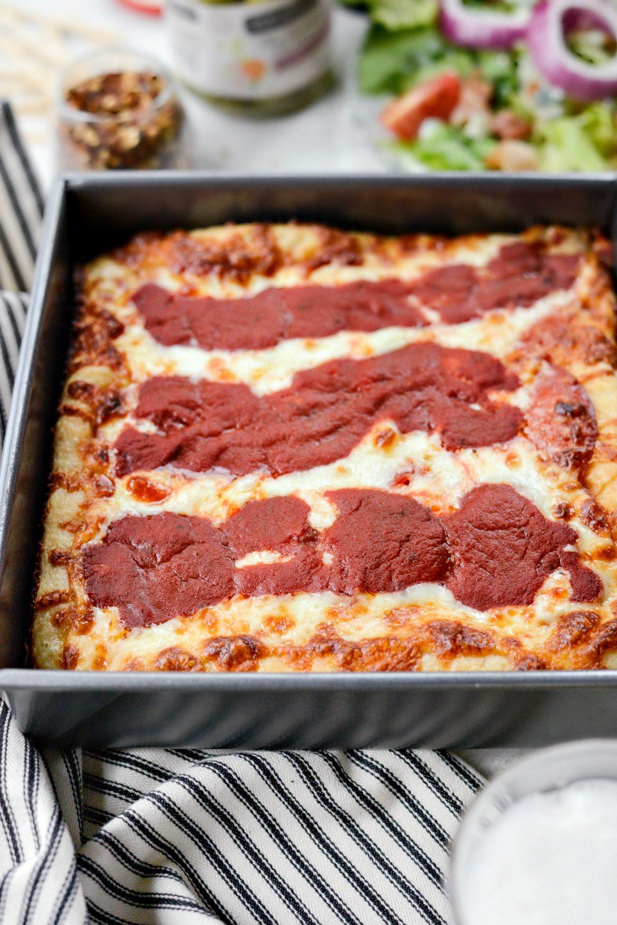Detroit-Style Pizza l SimplyScratch (11)