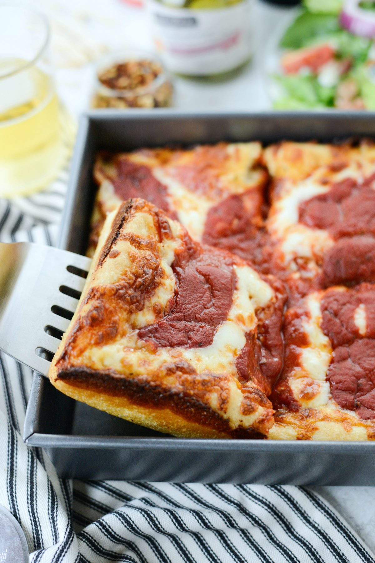 Detroit-Style Pizza l SimplyScratch (14)