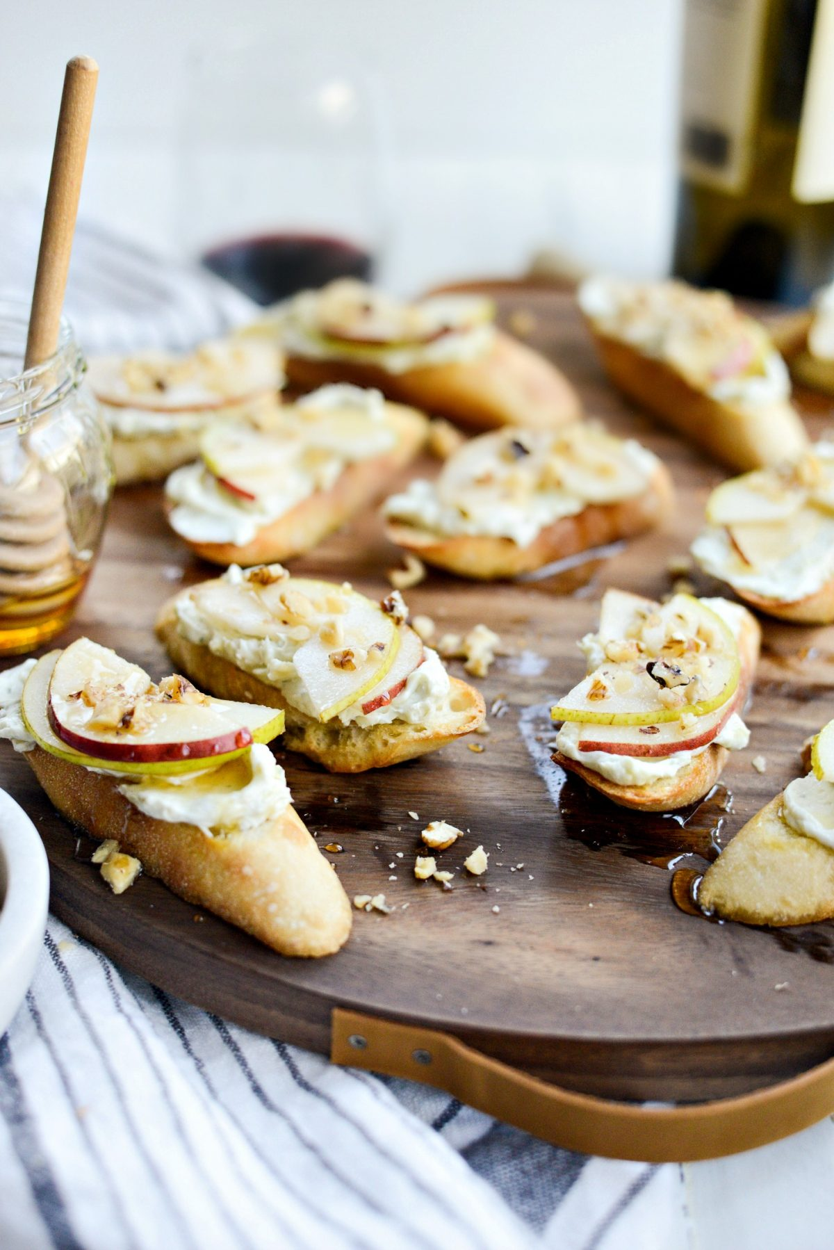 Whipped Blue Cheese Crostini with Pears and Honey l SimplyScratch.com (11)
