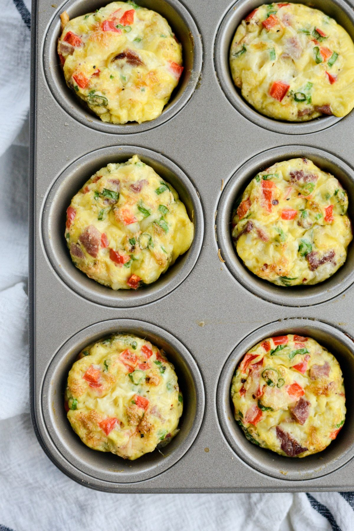 Mini Western Omelet Frittatas l SimplyScratch.com