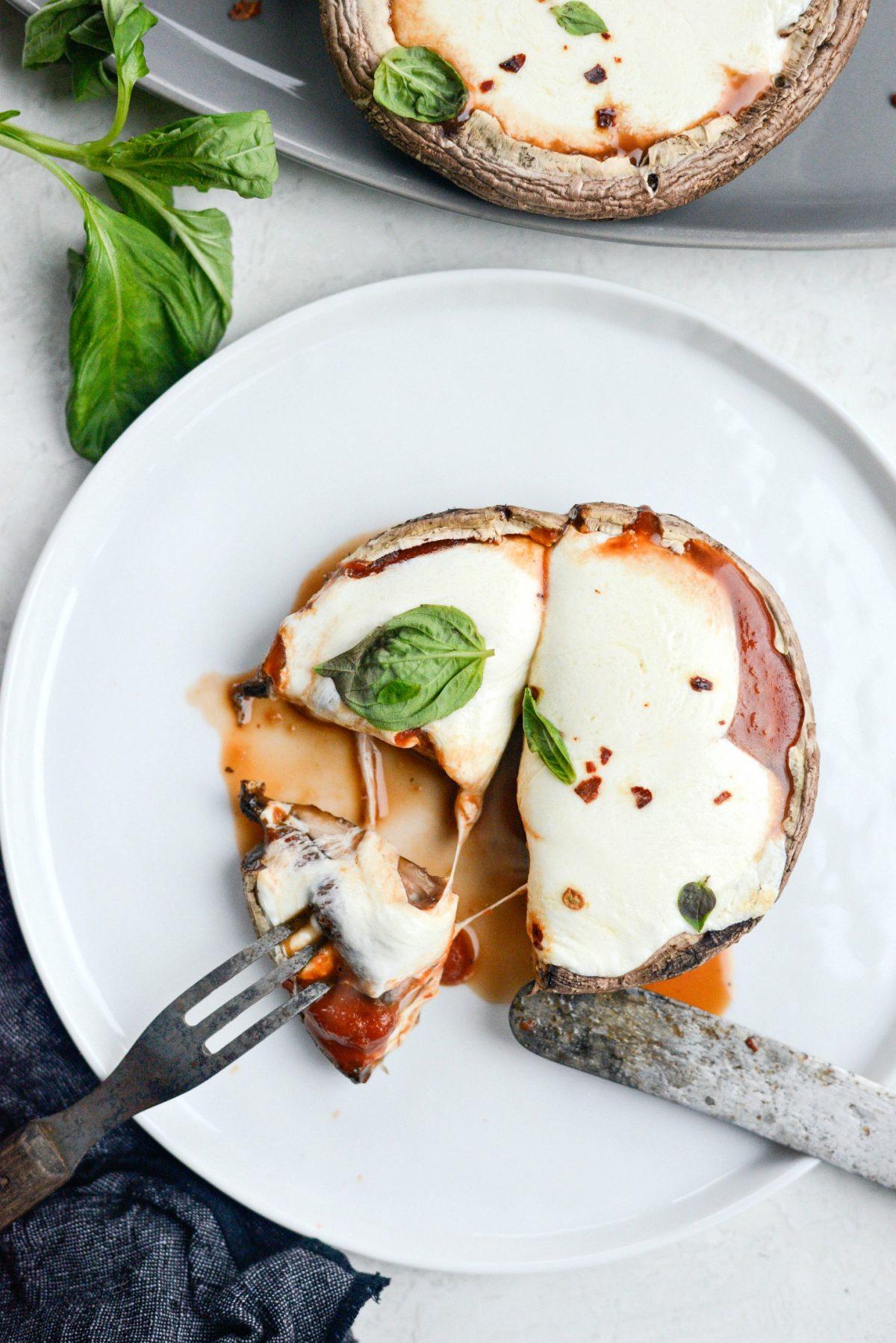 Roasted Caprese Portobello Mushrooms - Easy Weeknight Meals