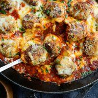 Skillet Chicken Parmesan Meatballs