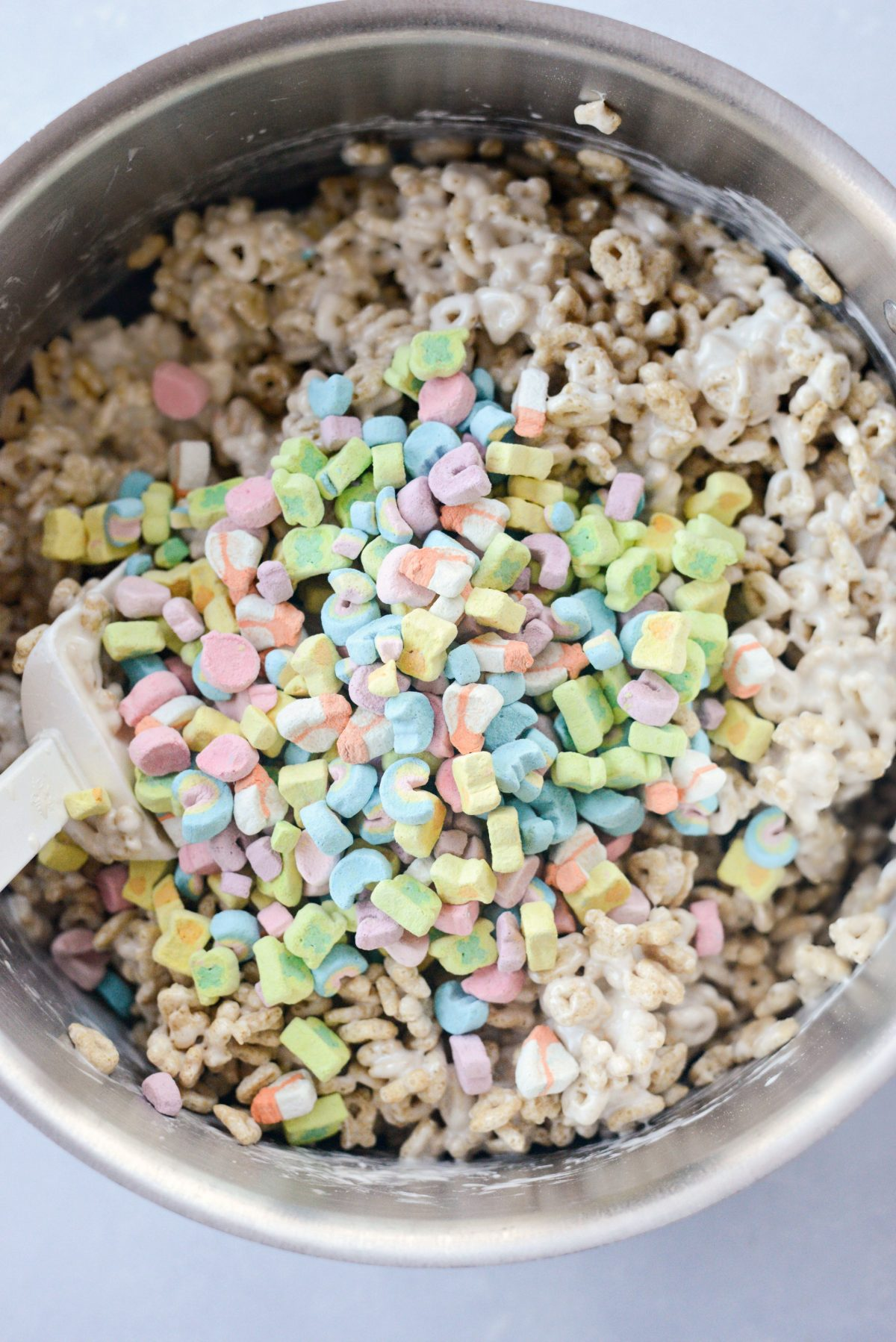 Lucky Charms Marshmallow Treats l SimplyScratch.com (10)
