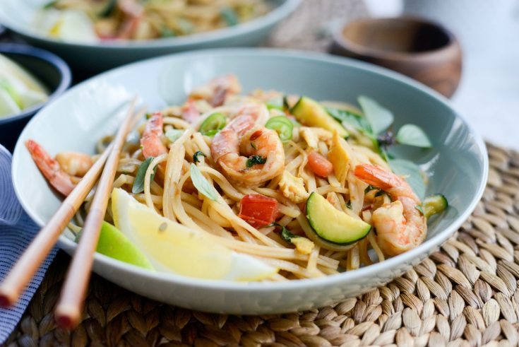 Drunken Noodles with Shrimp and Zucchini