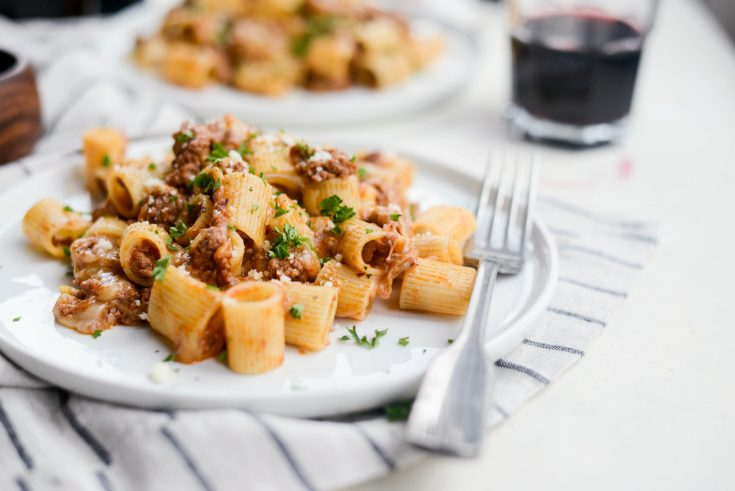 Easy Cheesy Beef Pasta Skillet