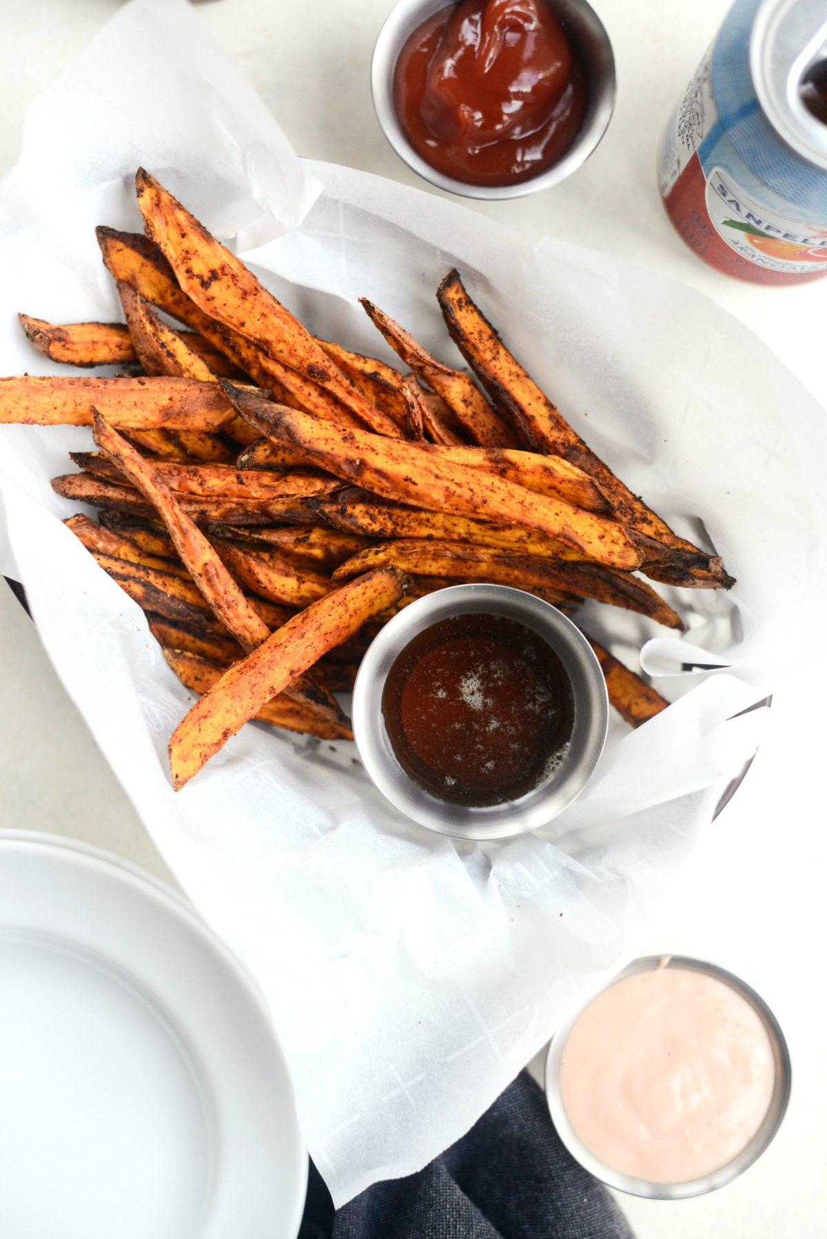 Air Fryer Crispy Sweet Potato Fries l SimplyScratch.com