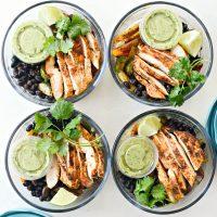 Fajita Chicken and Veggie Quinoa Bowls (Meal Prep!)