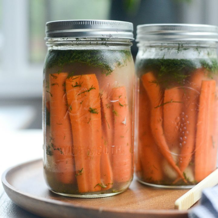 Naturally Fermented Dilly Carrots
