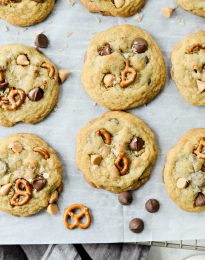 Sea Salt Chocolate Chip Butterscotch Pretzel Cookies l SimplyScratch.com