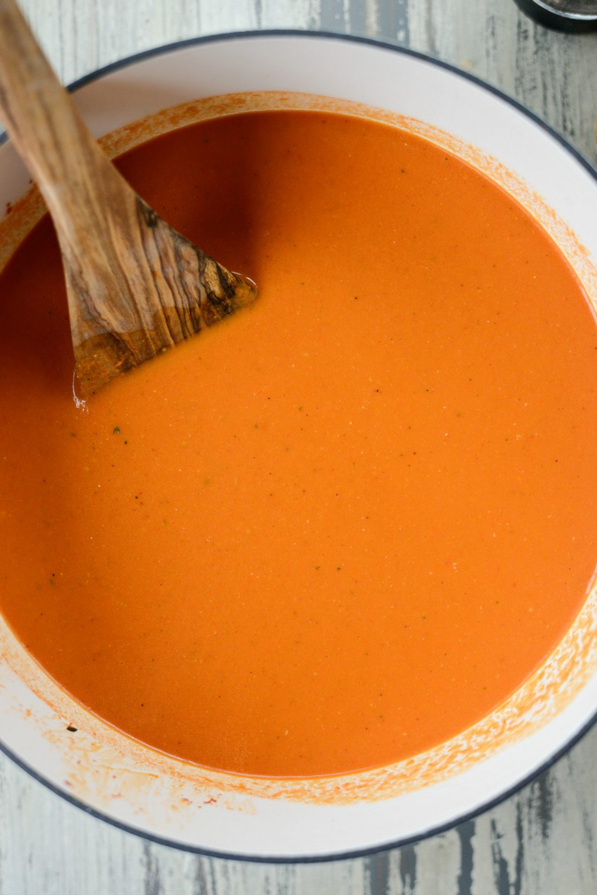 Roasted Red Pepper Tomato Soup l SimplyScratch.com