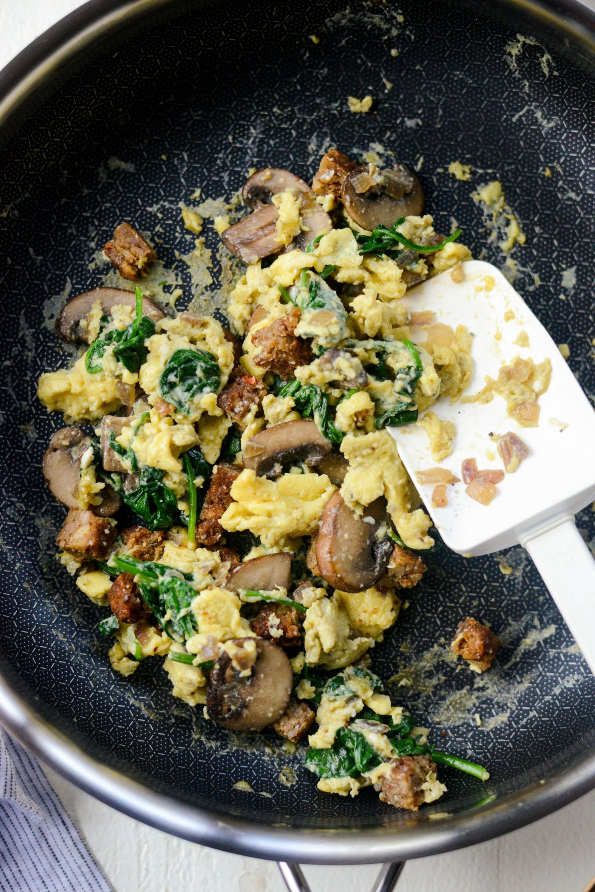 Healthy Spinach and Mushroom Scramble l SimplyScratch.com (16)
