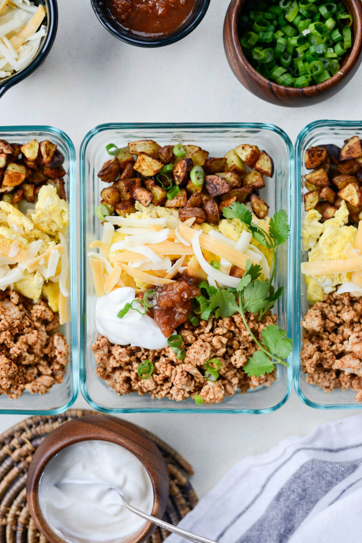 Turkey Taco Breakfast Scramble [meal prep!] l SimplyScratch.com