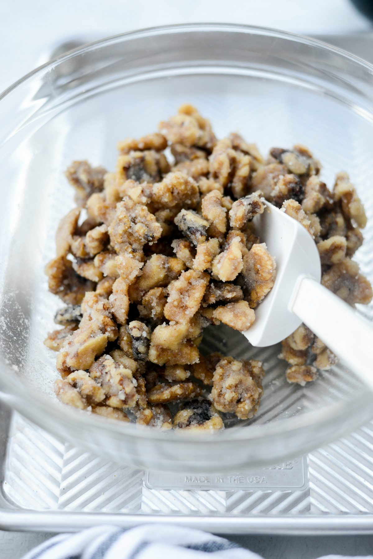 Candied Walnuts l SimplyScratch.com