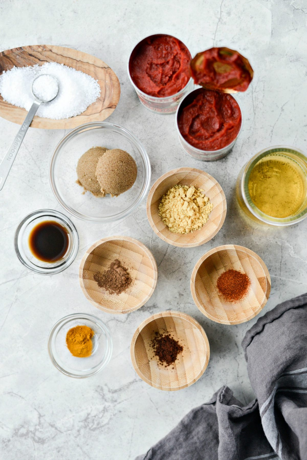 ingredients for Easy Homemade Ketchup