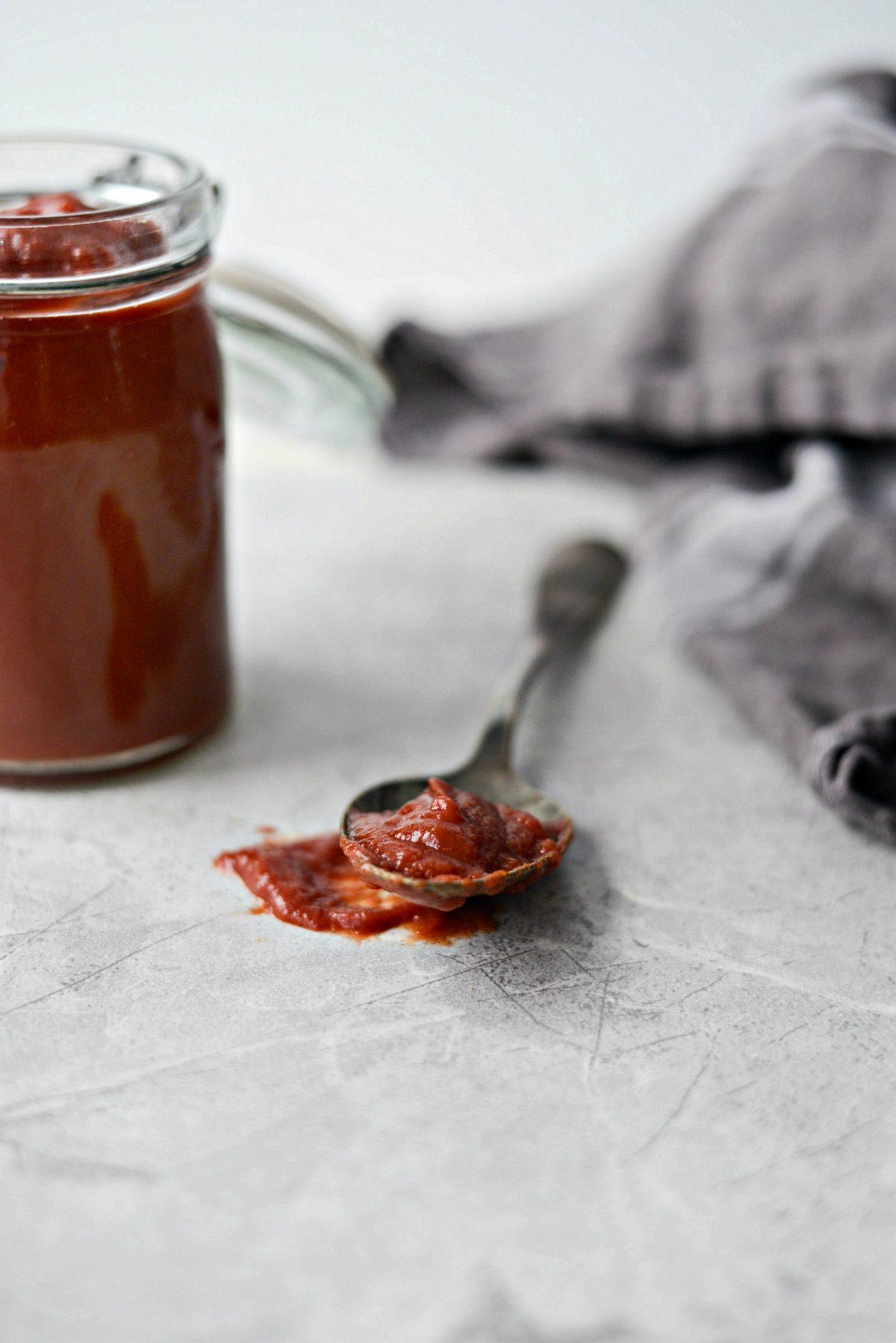 Easy Homemade Ketchup