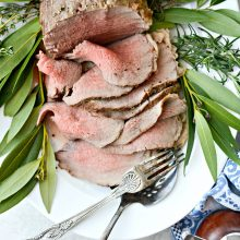 Easy Homemade Roast Beef l SimplyScratch.com