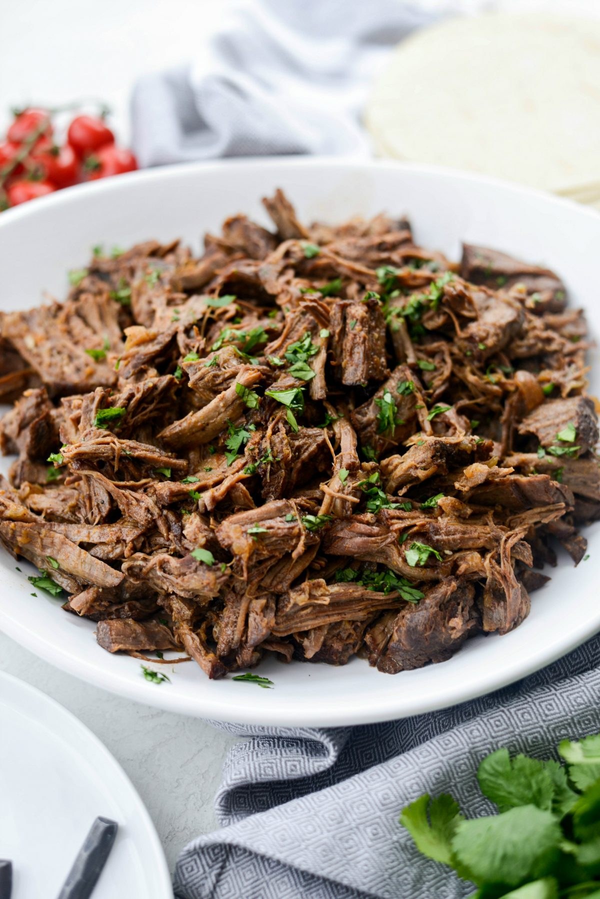 Slow Cooker Beef Barbacoa l SimplyScratch.com #beef #barbacoa #texmex #slowcooker #recipe #easy #shreddedbeef