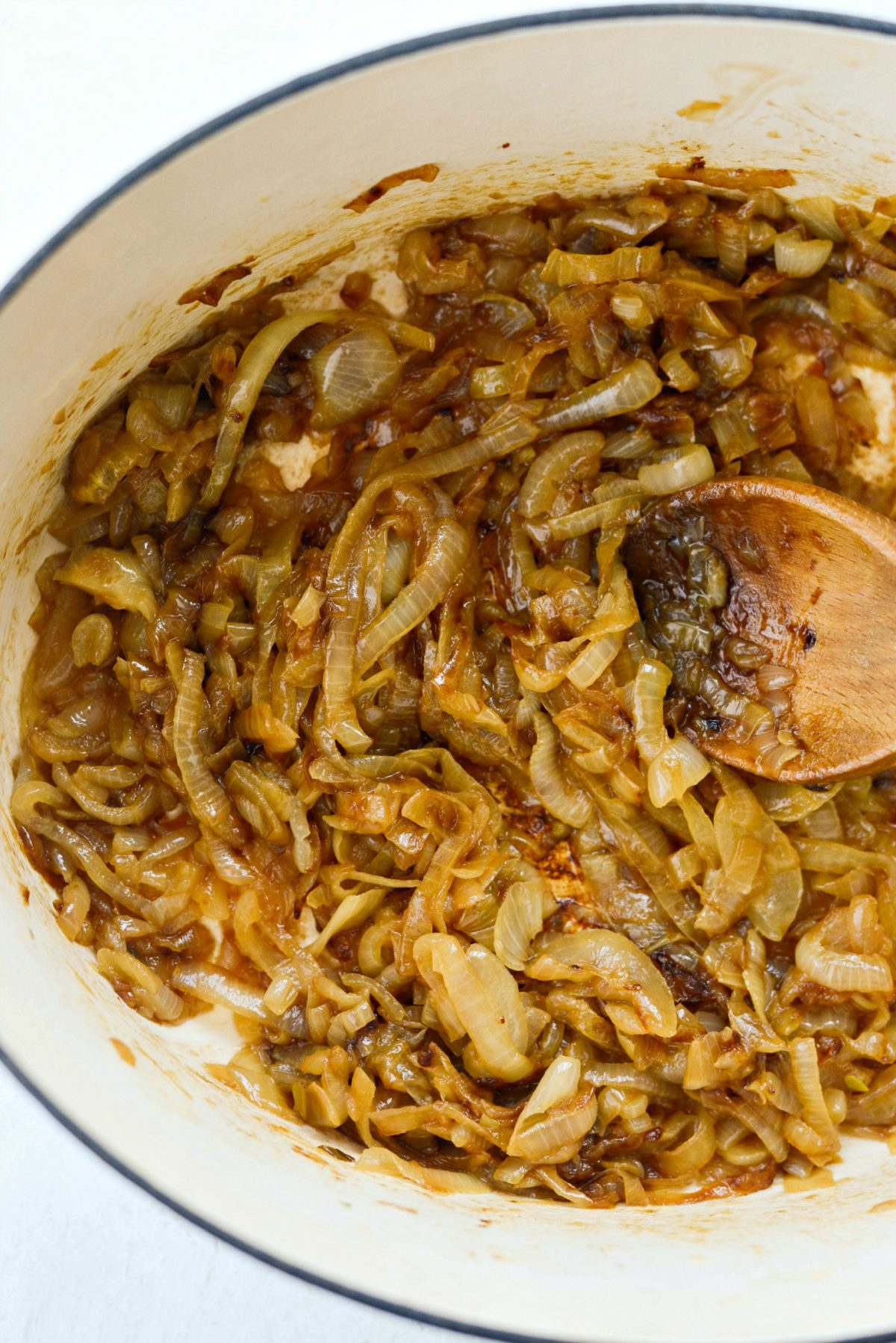 How To Caramelize Onions l SimplyScratch.com #how to #caramelize #onions