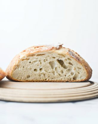 No-Knead Rustic Bread Loaf l SimplyScratch.com #homemade #noknead #bread #loaf #rustic #fromscratch #dutchoven #loaves