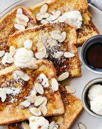Vanilla Cardamom French Toast l SimplyScratch.com #vanilla #cardamom #frenchtoast #breakfast
