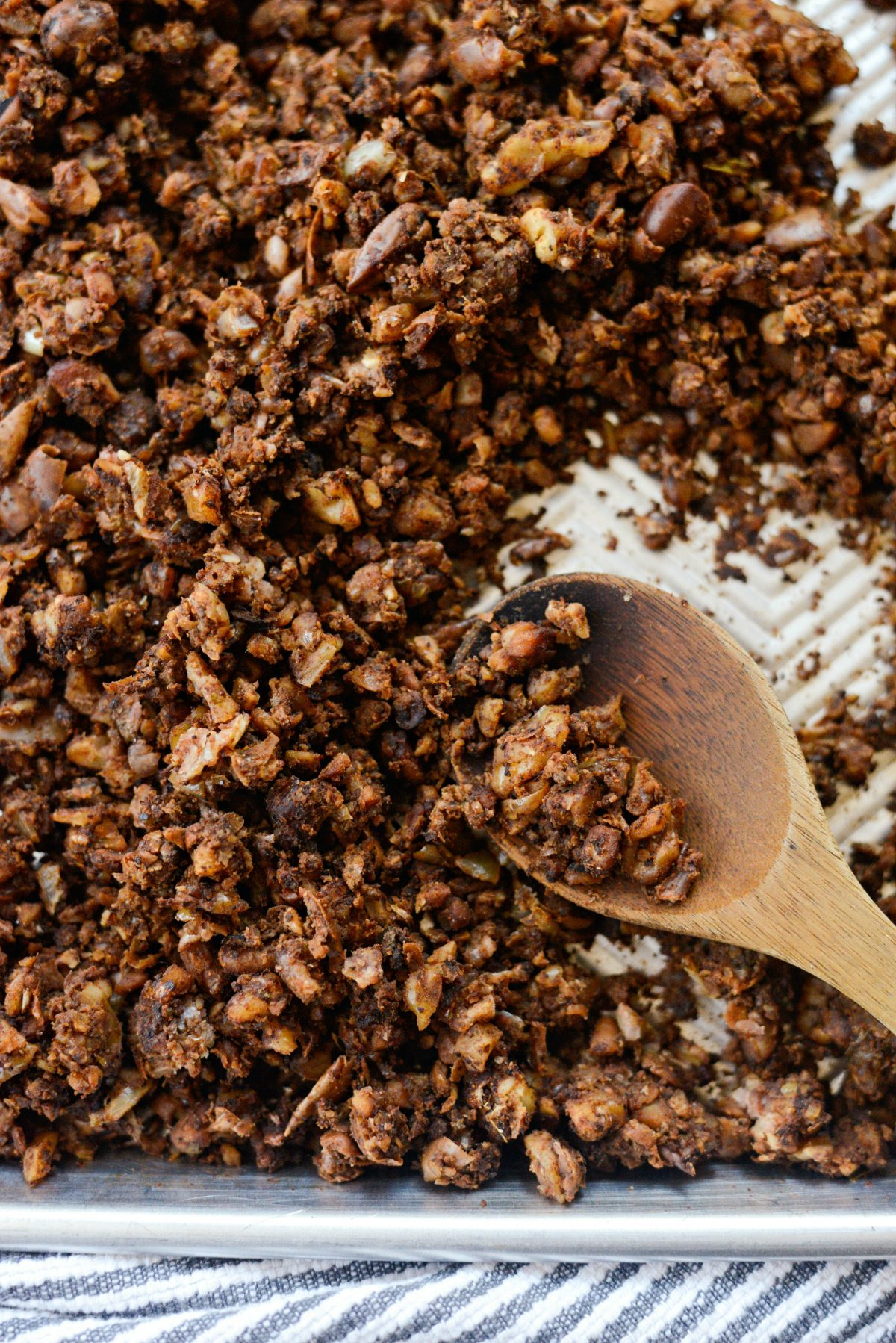 Vegan Chorizo Crumbles l SimplyScratch.com #fava #beans #walnuts #mushrooms #chorizo #vegan #vegetarian