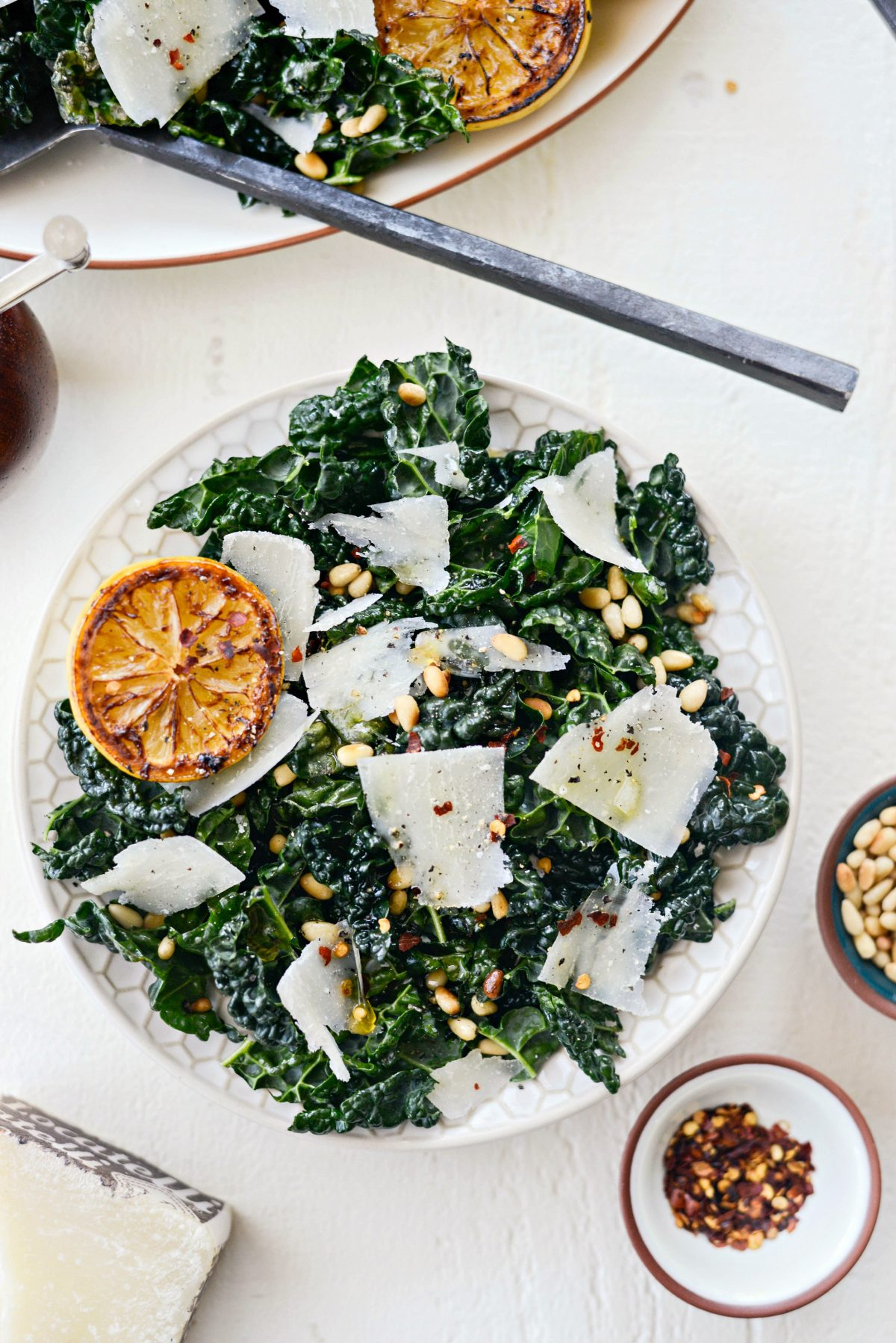 Charred Lemon and Tuscan Kale Salad l SimplyScratch.com #tuscan #kale #charred #lemon #pecorino #pinenuts