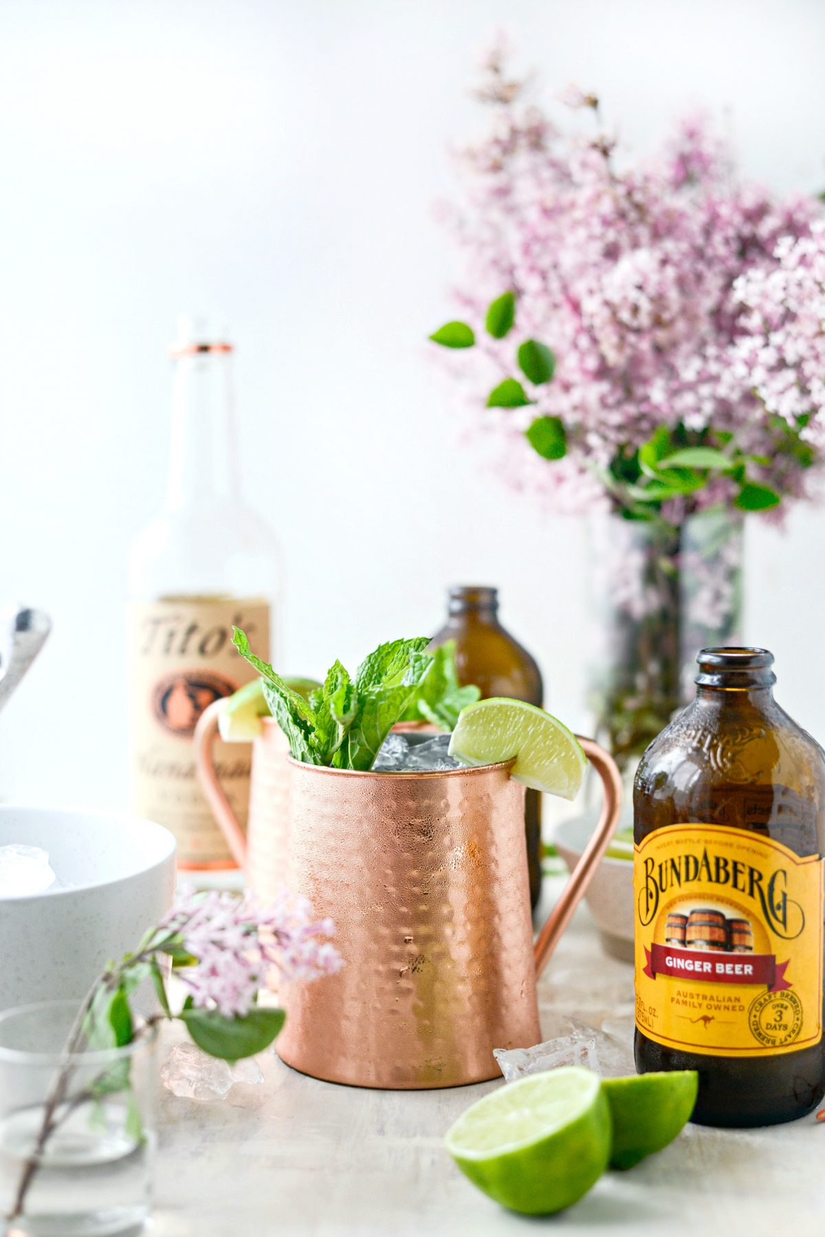 Classic Moscow Mule l SimplyScratch.com #moscowmule #adultbeverage #cocktail #lime #vodka #gingerbeer #beverage