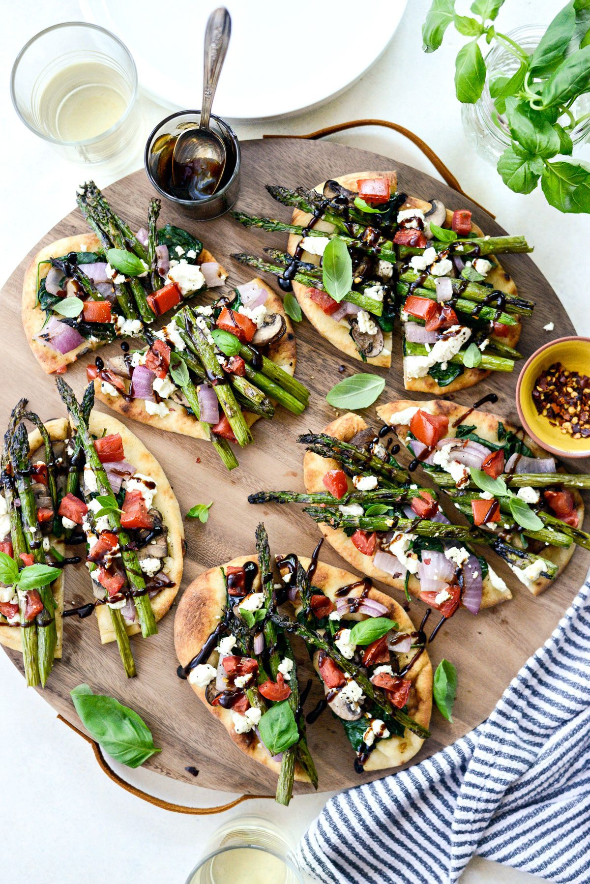 Vegetable and Goat Cheese Flatbread l SimplyScratch.com #grilling #grillingrecipe #vegetable #flatbread #asparagus #goatcheese #easyrecipe