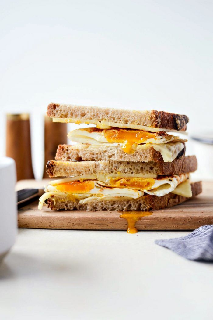 Best Fried Egg Sandwich l SimplyScratch.com #breakfast #sandwich #eggs #cheese #best
