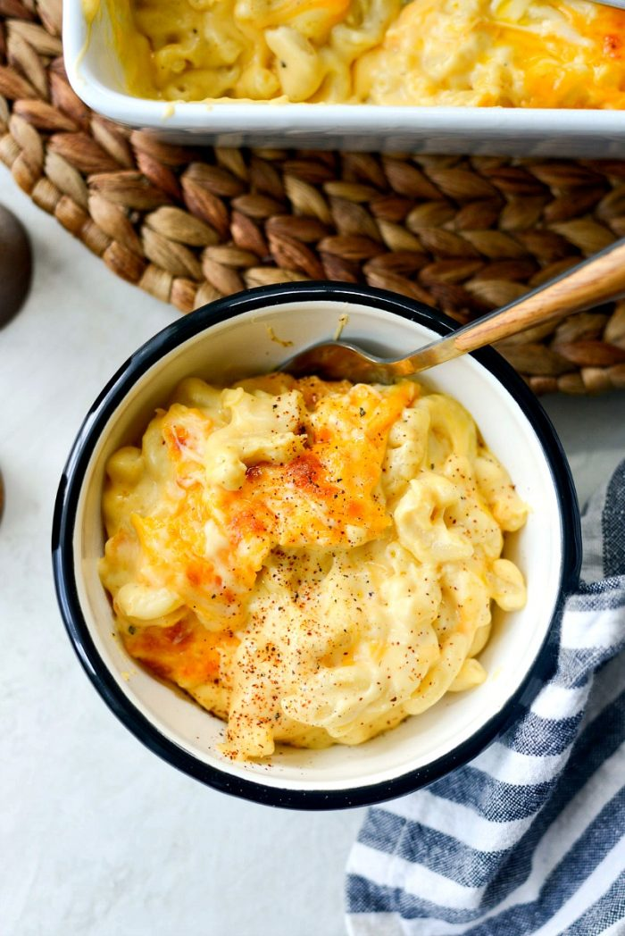 Easy Baked Mac and Cheese l SimplyScratch.com #macaroni #cheese #baked #homemade #fromscratch #easy #recipe #bestmacandcheese