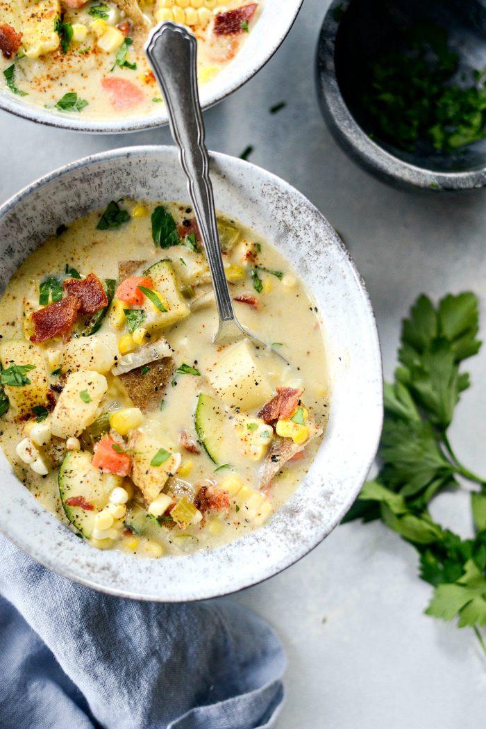 Summer Corn and Zucchini Chowder l SimplyScratch.com #summer #corn #zucchini #potato #chowder #soup #sweetcorn
