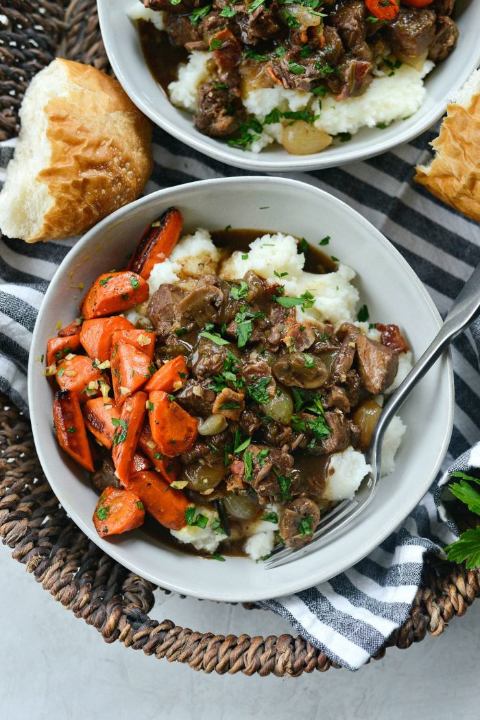 Easy Beef Bourguignon l SimplyScratch.com #beef #burgundy #bourguignon #stew #simplyscratch #easybourguignon