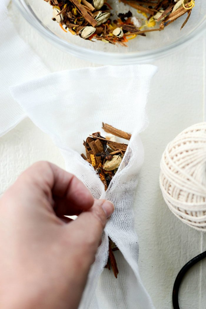 Homemade Mulling Spice Sachets - Simply