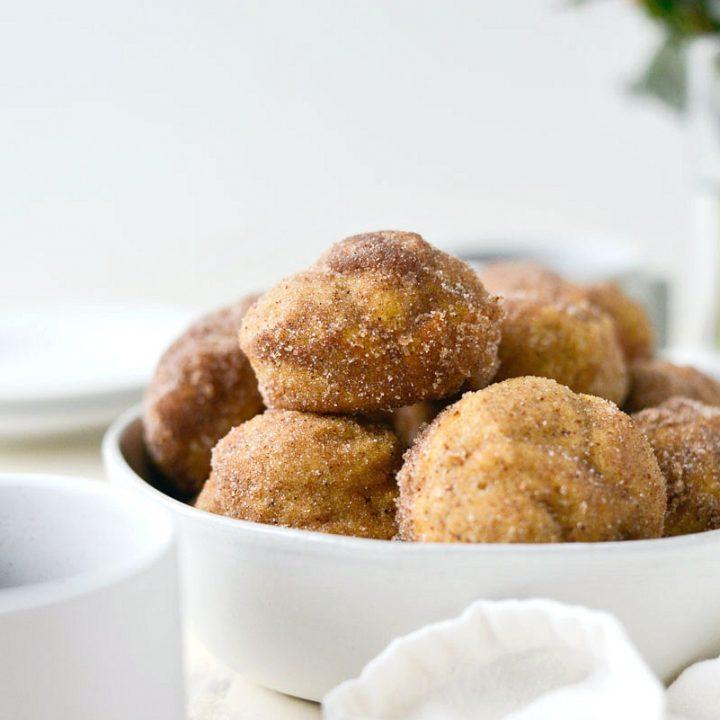 Sugared Pumpkin Spice Muffins l SimplyScratch.com #pumpkin #pumpkinspice #muffins #baking #fall #recipe #simplyscratch