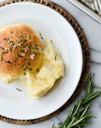 Sea Salt Rosemary Dinner Rolls l SimplyScratch.com #homemade #fromscratch #easy #dinner #rolls #thanksgiving #holiday #christmas #bread