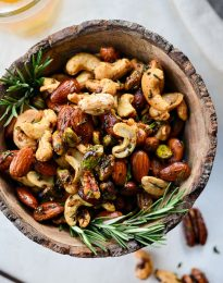 Sweet and Smoky Bar Nuts l SimplyScratch.com #nuts #nutmix #rosemary #sweet #smoky #snack #appetizer #beer #beernuts