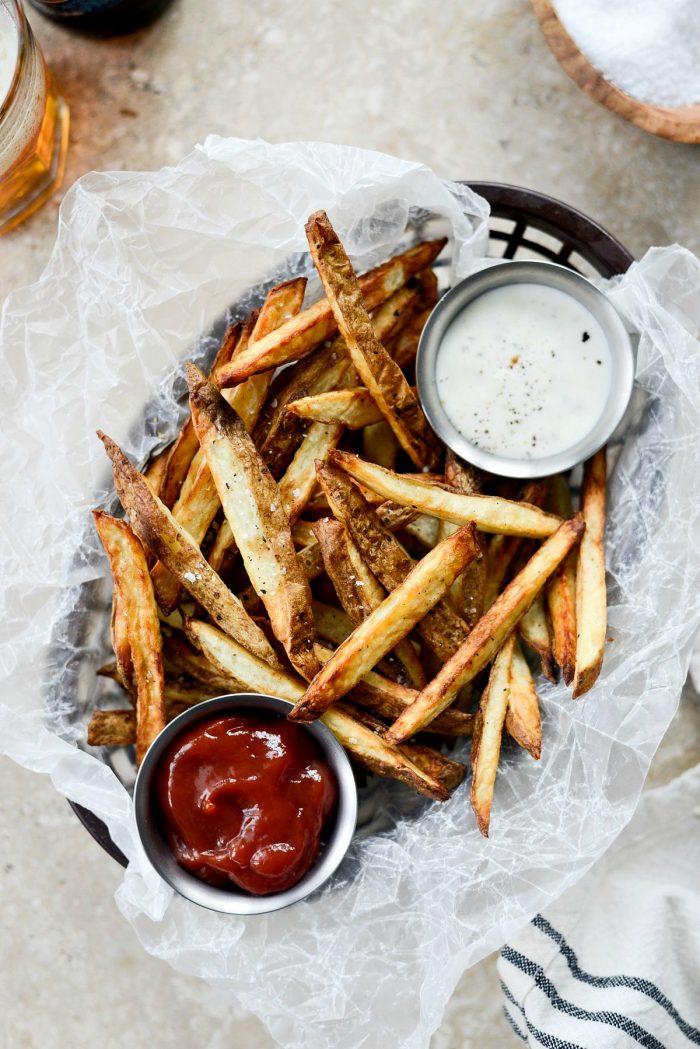 Homemade Air Fryer Frech Fries l SimplyScratch.com #homemade #airfryer #airfryerrecipe #FrenchFries #healthy #light #easy