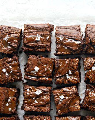Sea Salt Caramel Espresso Brownies l SimplyScratch.com #seasalt #caramel #espresso #brownies #homemade #fromscratch #chocolate
