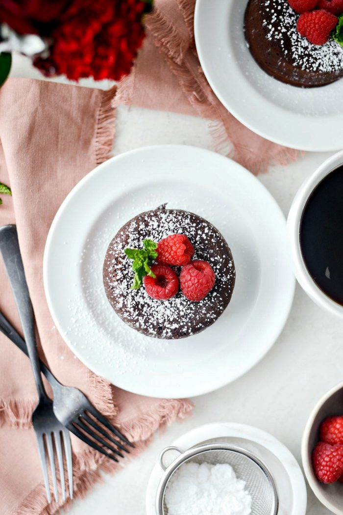 Molten Chocolate Lava Cakes For Two l SimplyScratch.com #valentinesday #chocolate #cake #lavacake #baking #fortwo #dessert