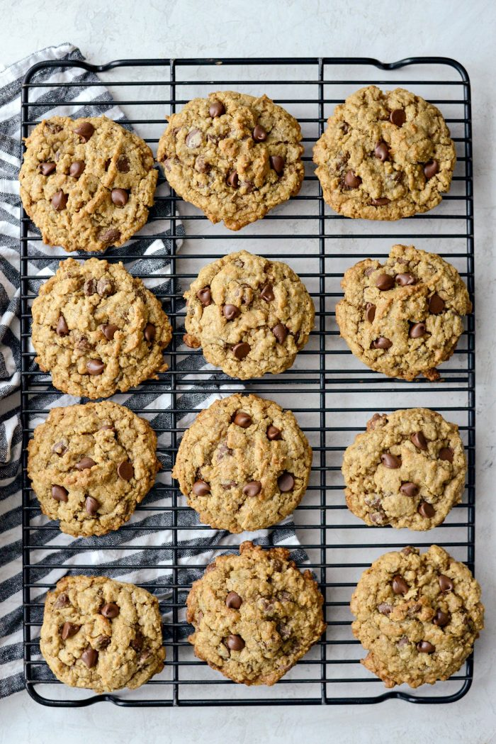 Oatmeal Chocoalte Chip Toffee Cookies l SimplyScratch.com #oatmeal #toffee #chocolatechip #cookies #coconut #baking