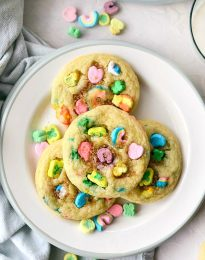 Lucky Charms Cookies l SimplyScratch.com ##luckycharms #cookies #stpatricksday #recipe #treat #schoolparty #baking