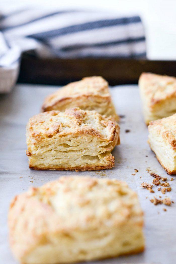 Greek Yogurt Biscuits l SimplyScratch.com #greek #yogurt #biscuits #lowfat #breakfast #brunch