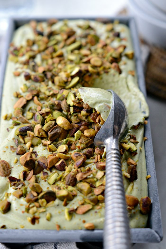 No-Churn Pistachio Ice Cream l SimplyScratch.com #nochurn #icecream #pistachio #nut #easy #dessert