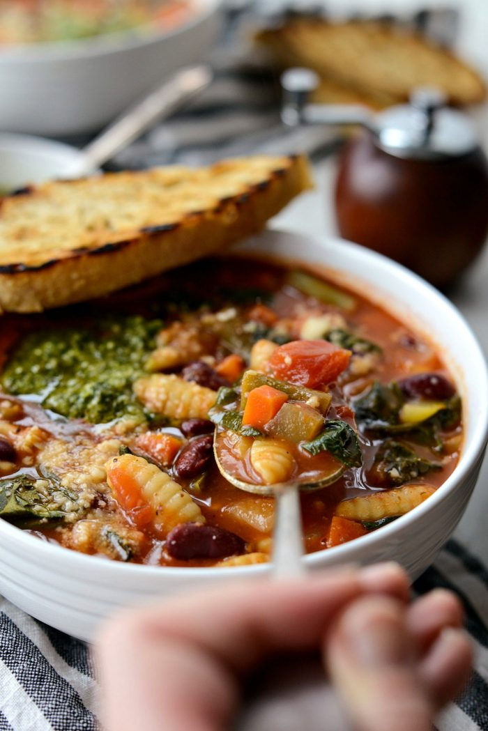 Classic Minestrone Soup l SimplyScratch.com #soup #minestrone #vegetables #onepot #bowlof soup