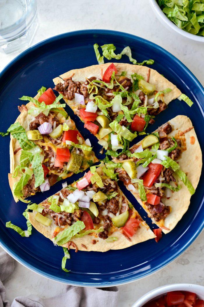 Cheeseburger Tortilla Pizza l SimplyScratch.com #cheeseburger #tortilla #pizza #quick #easy #beef