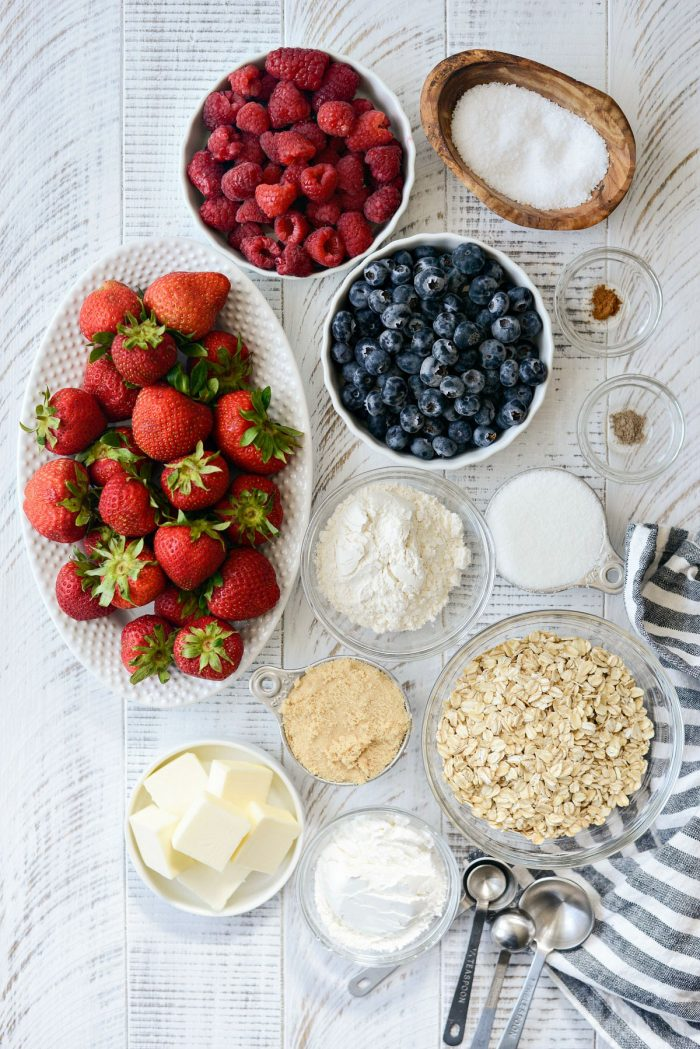 Berry Crisp ingredients.
