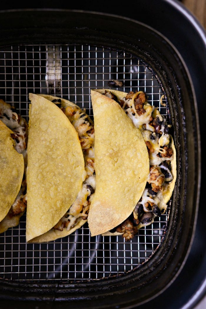 crispy chipotle chicken black bean tacos