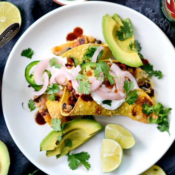 Air Fryer Chipotle Chicken Black Bean Tacos