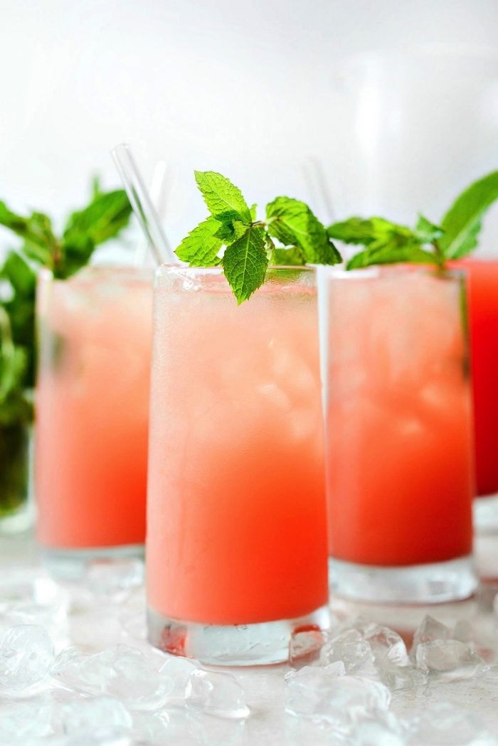 close up of glasses with watermelon lemonade.