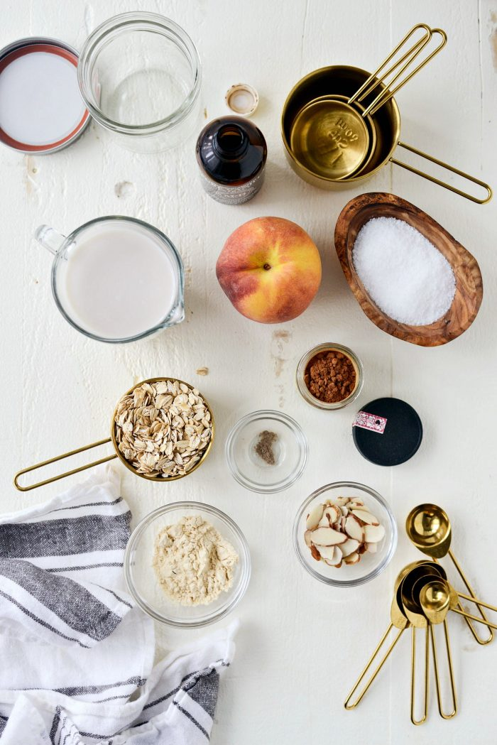 Vanilla Peach Overnight Oats ingredients